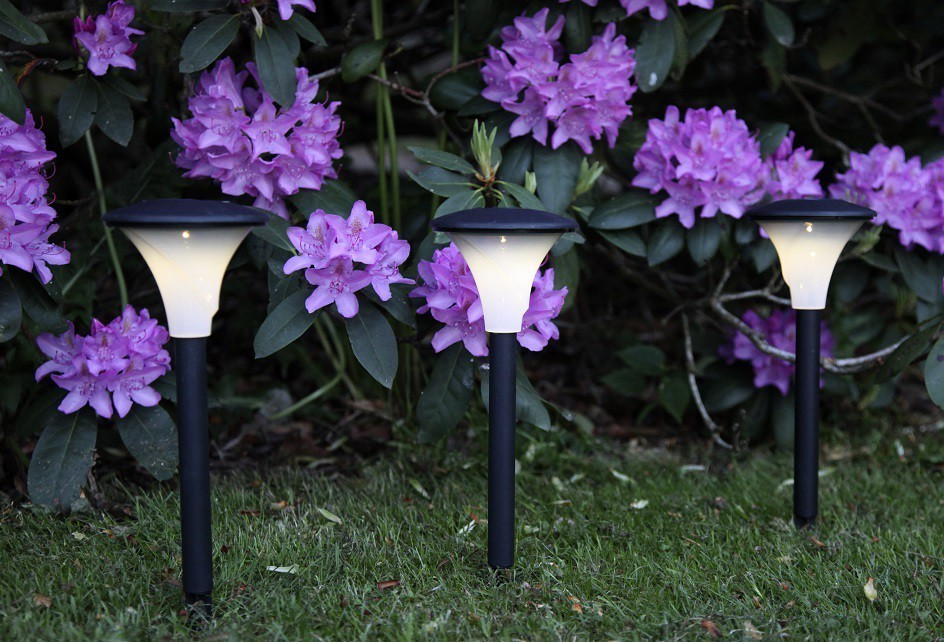garden solar lighting ideas and tips