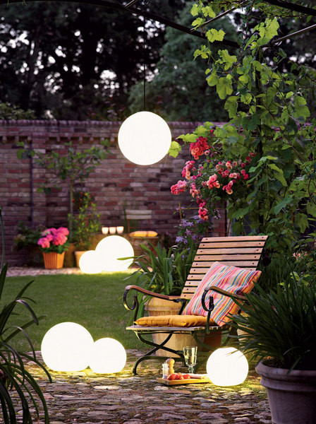 Garden Solar Lights Ideas : Garden solar lighting ideas and tips