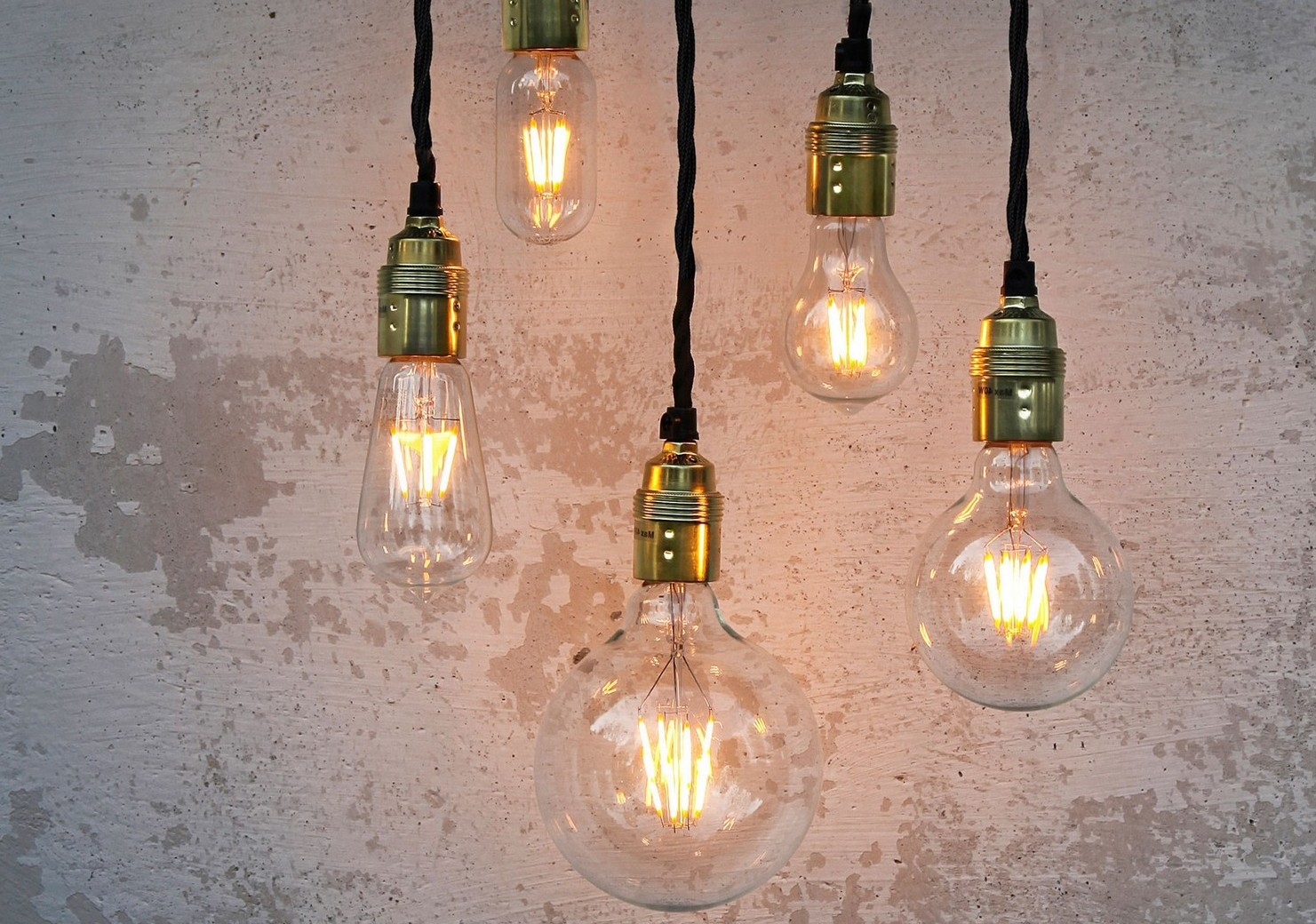 Choosing the light bulb pros and cons of different light bulb types led filament bulbs arubaitofo Gallery