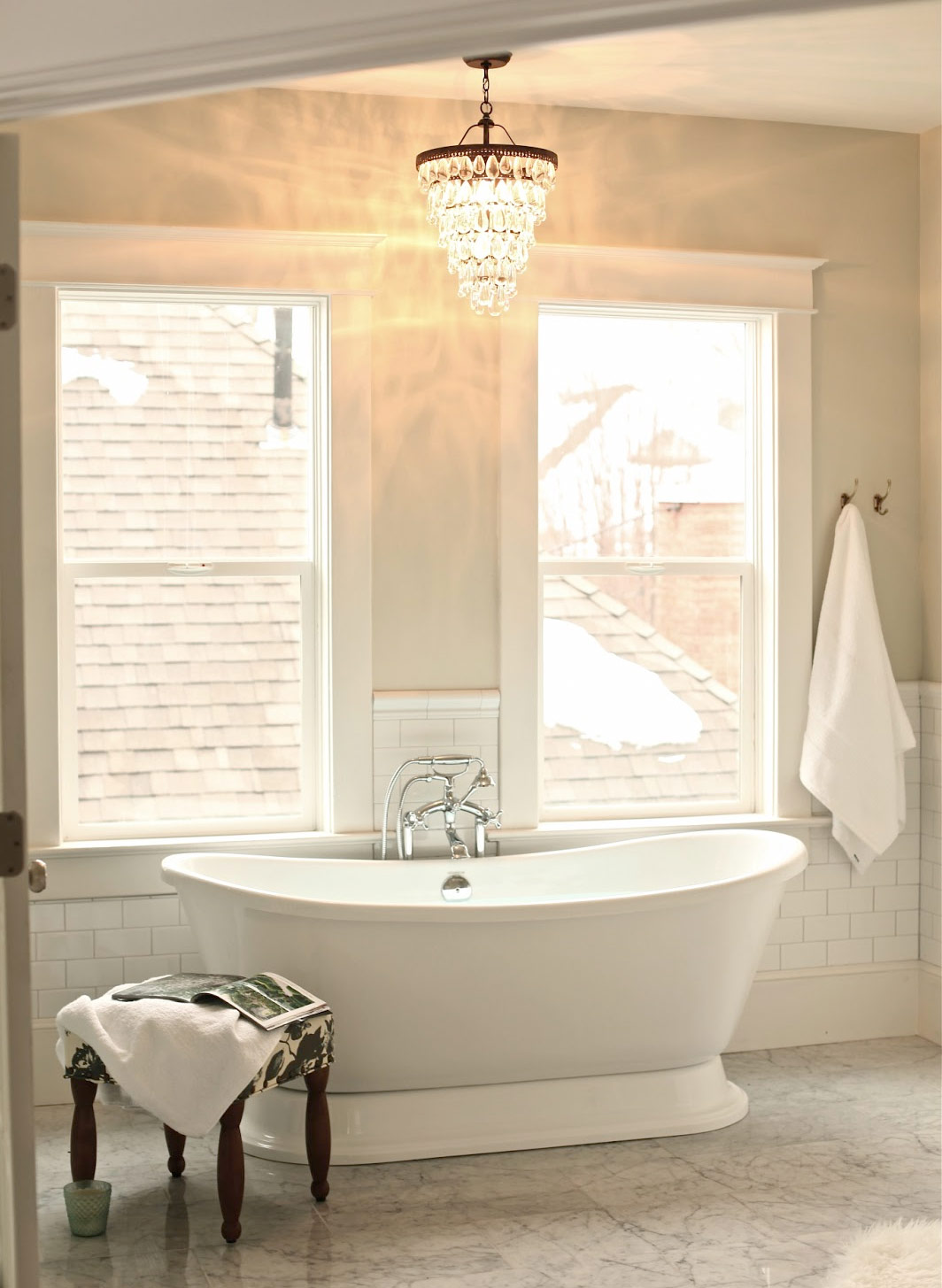 Creating A Vintage Bathroom Lighting Design Certified