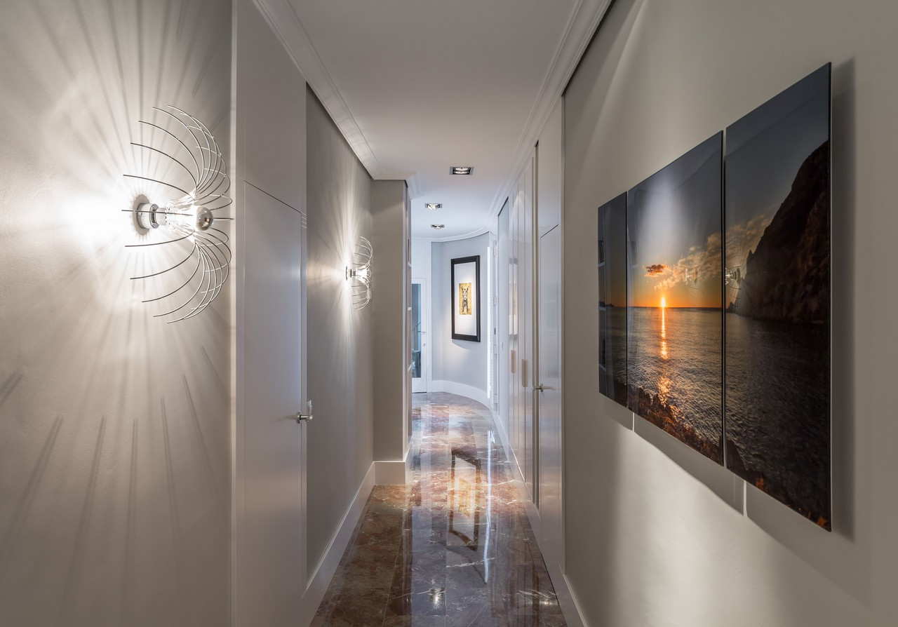 Wall sconces for your home get your wall mounted for Hallways images