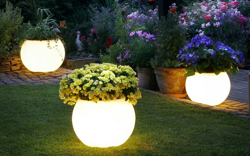 garden lighting Glow-In-The-Dark Plant Pots